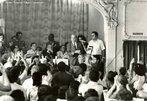 Luís Carlos Prestes foi secretário-geral do Partido Comunista Brasileiro e foi companheiro de Olga Benário, assassinada na Alemanha, na câmara de gás, pelos nazistas. Com o fim do Estado Novo, em 1945 Prestes foi anistiado e foi eleito Senador da República. Assumiu a secretaria geral do PCB. O registro do partido foi cassado, e novamente Prestes foi perseguido e voltou à clandestinidade. Após o golpe militar de 1964, com o AI-1, Prestes teve seus direitos de cidadão novamente revogados por dez anos. Foi perseguido pelo Governo, mas conseguiu fugir. Exilou-se na União Soviética no final dos anos 1960 e regressou ao Brasil devido à Anistia de 1979. <br><br/> Palavras-chave: anistia, censura, democracia, direitos humanos, ditadura civil-militar, movimentos sociais, violência.