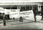 Gregório Bezerra foi líder sindical, militante do Partido Comunista Brasileiro. Participou da Intentona Comunista em 1935 e foi condenado a 28 anos de prisão. Foi levado, para Fernando de Noronha e, depois para o Rio de Janeiro, no Presídio Frei Caneca, onde dividiu cela com o ex-comandante da Coluna Prestes e secretário geral do Partido Comunista do Brasil, Luís Carlos Prestes. Após o golpe militar brasileiro de 1964, foi preso quando tentava organizar a resistência armada dos camponeses ao golpe em apoio ao governo federal de João Goulart, e estadual de Miguel Arraes. Condenado a 19 anos de reclusão, teve seus direitos políticos cassados por força do Ato Institucional nº 1. Foi libertado, em 1969, juntamente com outros 14 presos políticos, em troca da devolução do embaixador estadunidense no Brasil Charles Burke Elbrick, seqüestrado por um grupo de oposição armada. <br><br/> Palavras-chave: anistia, censura, democracia, direitos humanos, ditadura civil-militar, movimentos sociais, violência.