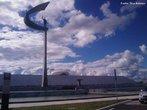 � um museu, na cidade de Bras�lia, projetado por Oscar Niemeyer, inaugurado em 12 de setembro de 1981 e dedicado ao ex-presidente brasileiro Juscelino Kubitschek, fundador da cidade de Bras�lia. No local encontram-se o corpo de JK, diversos pertences como sua biblioteca pessoal e fotos dele e de sua esposa Sarah.<br><br/> Palavras-chave: memorial, Juscelino Kubitschek, Bras�lia.