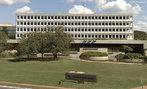 Esse tribunal exerce jurisdi��o administrativa, julgando as contas dos administradores de recursos p�blicos federais.<br><br/> Palavras-chave: Bras�lia, jurisdi��o administrativa, recursos p�blicos.
