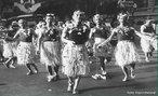 Fotografia de um bloco carnavalesco carioca dos anos 1930.<br><br/>  Palavras-chave: rela��es culturais, festa, cultura popular, Rio de Janeiro.