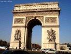 O Arco do Triunfo � um monumento, localizado na cidade de Paris, constru�do em comemora��o �s vit�rias militares de Napole�o Bonaparte, o qual ordenou a sua constru��o em 1806. Inaugurado em 1836, a monumental obra det�m, gravados, os nomes de 128 batalhas e 558 generais. Em sua base, situa-se o T�mulo do Soldado Desconhecido (1920). O arco localiza-se na pra�a Charles de Gaulle, uma das duas extremidades da avenida Champs-�lys�es. <br><br/> Palavras-chave: O Arco do Triunfo � um monumento, localizado na cidade de Paris, constru�do em comemora��o �s vit�rias militares de Napole�o Bonaparte, o qual ordenou a sua constru��o em 1806. Inaugurado em 1836, a monumental obra det�m, gravados, os nomes de 128 batalhas e 558 generais. Em sua base, situa-se o T�mulo do Soldado Desconhecido (1920). O arco localiza-se na pra�a Charles de Gaulle, uma das duas extremidades da avenida Champs-�lys�es. <br><br/> Palavras-chave: rela��es de poder, rela��es culturais, Estado, Napole�o Bonaparte, Fran�a, Paris, Charles de Gaulle, Champs-�lys�es, Arco do Triunfo, guerra, Revolu��o Francesa.