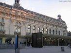 O Museu de Orsay  � um museu na cidade de Paris, na Fran�a. Situa-se na margem esquerda do rio Sena no VII arrondissement. As cole��es do museu apresentam principalmente pinturas e esculturas da arte ocidental do per�odo compreendido entre 1848 e 1914. Entre outras, est�o a� presentes obras de Van Gogh, Monet, Degas, Maurice Denis, Odilon Redon. Existem tamb�m exposi��es tempor�rias que decorrem paralelamente � exposi��o permanente. <br><br/> Palavras-chave: rela��es culturais, Museu de Orsay, Paris, Fran�a, arte, Hist�ria da Arte.