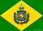 Bandeira utilizada no Brasil Império que teve seu início em 1822 com a Proclamação da Independência de Portugal por D. Pedro I, se estendendo até 1889 com a Proclamação da República.<br><br/> Palavras-chave: relações de poder, Estado, Império, independência, D. Pedro I, D. Pedro II.