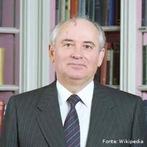 Mikhail Serguéievich Gorbachev foi o último secretário-geral do Comité Central do Partido Comunista da União Soviética de 1985 a 1991.<br><br/> Fonte:  Palavras-chave: relações de poder, modo de produção, comunismo, URSS.